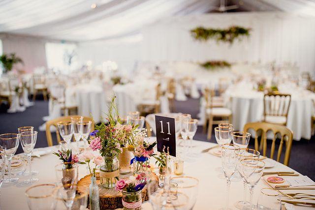 Auswahl der Hochzeitsdekoration passend zum Standort