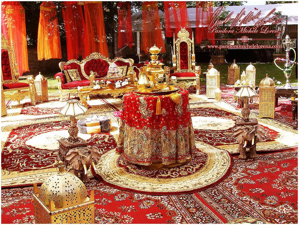 Zeitgenössisches Dekor für indische Hochzeiten